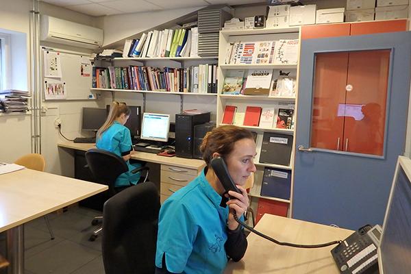 Dierenkliniek Tiel-Drumpt: Tegenwoordig hebben we meestal 2 dierenartsen voor het telefonische spreekuur