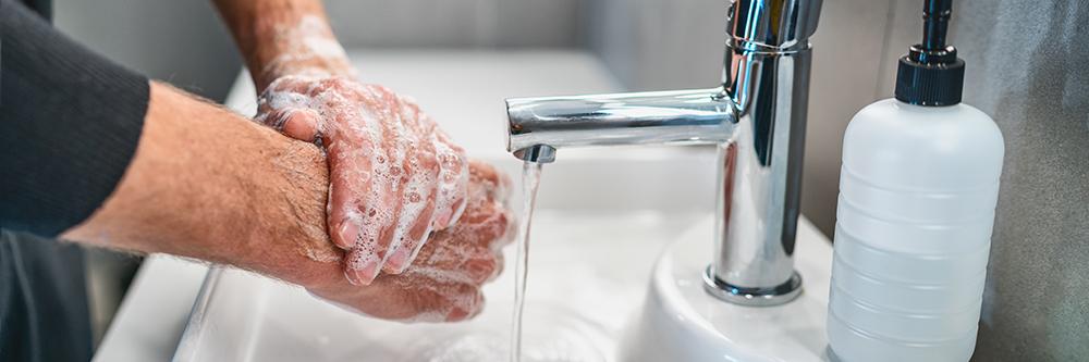 Dierenkliniek Tiel-Drumpt: We blijven open en nemen maatregelen, zoals nog vaker onze handen wassen.