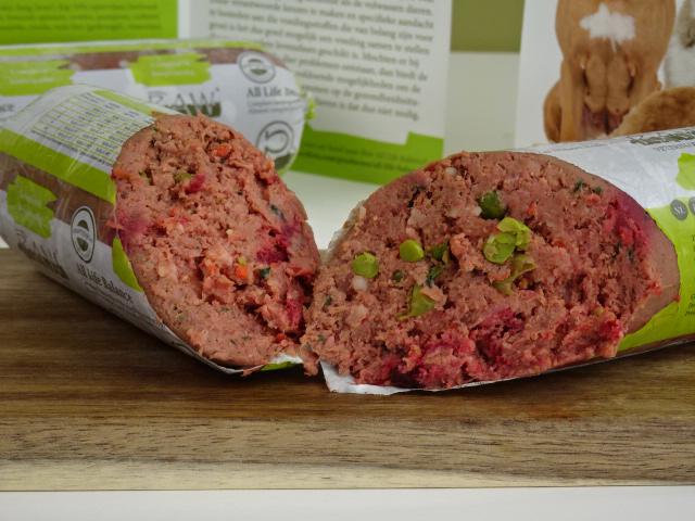 Dierenkliniek Tiel-Drumpt: RAW vers vlees, het onderhoudsdieet.